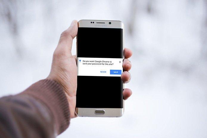 Auch auf dem Handy können Sie Passwörter im Browser speichern